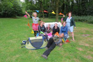Vrijwilligers De Buurtcamping Veldpark Zaandam, foto Sarah Vermoolen