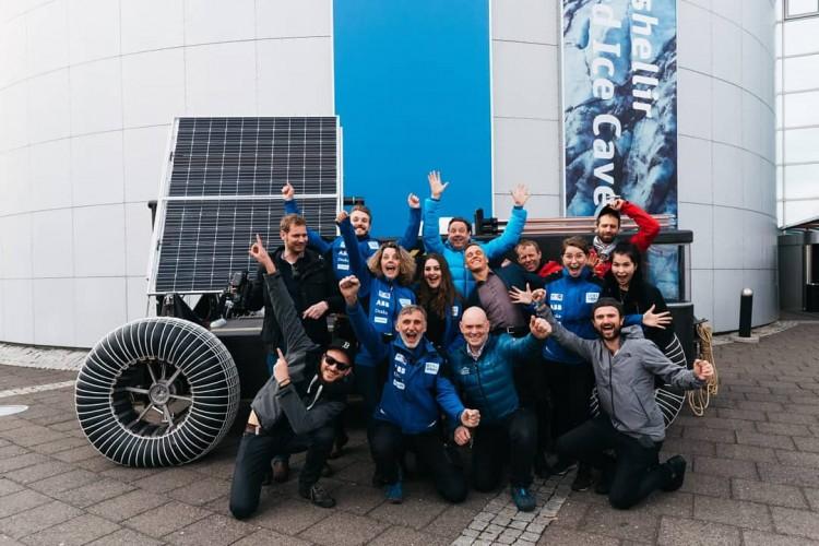 Solar Voyager gebouwd van afvalplastic naar Antarctica