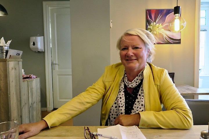 Vrijwilligersvervoer Zaanstreek Yvonne Brinkhuis, foto Sarah Vermoolen