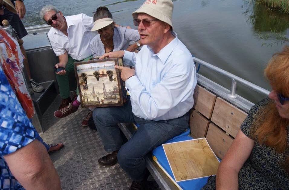 Met Peter Tange op de fluisterboot